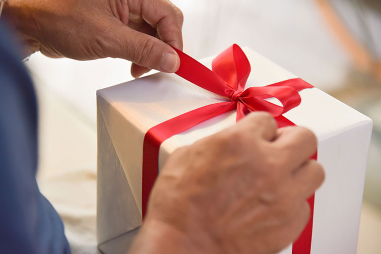 Gifts For Men In Singapore